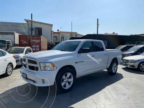 RAM RAM SLT Crew Cab Heavy Duty 5.7 4x4  usado (2015) color Blanco precio $355,800