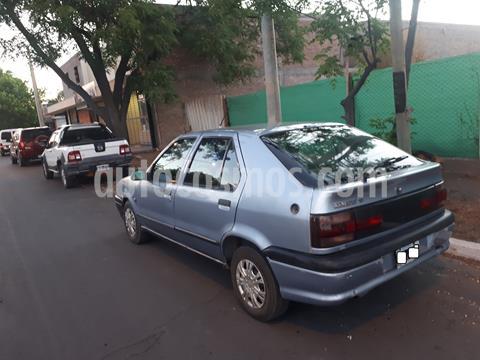 Renault 19 Bic RN 1.6 usado (1994) color Oro precio $180.000