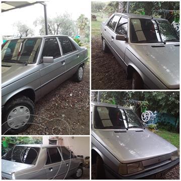 Renault 9 GTL usado (1996) color Gris Plata  precio $240.000