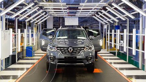 Renault Alaskan Confort 4x2 nuevo color Negro Nacre financiado en cuotas(anticipo $489.000 cuotas desde $35.000)