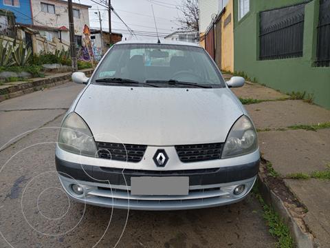 Renault Clio ll Sedan 1.6 Privilege AA  usado (2004) color Gris precio $3.500.000