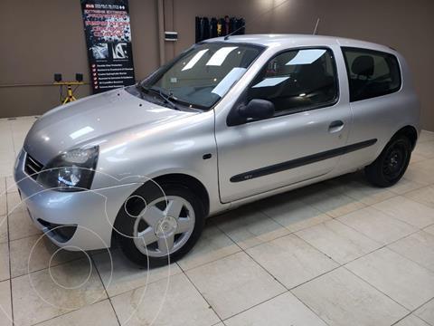 Renault Clio 3P 1.2 Pack usado (2011) color Gris Plata  precio $650.000