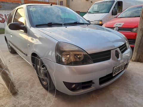 Renault Clio 3P 1.2 Pack II usado (2006) color Gris Acero financiado en cuotas(anticipo $400.000)
