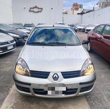 foto Renault Clio 5P 1.2 Campus Pack II usado (2020) color Beige Pimienta precio $579.900