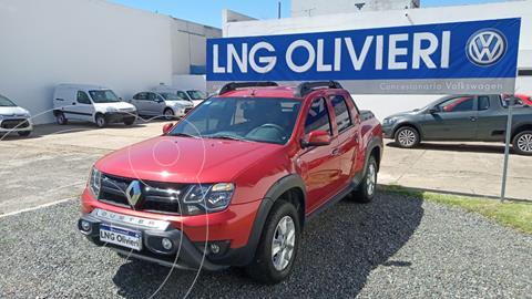 Renault Duster Oroch Outsider usado (2018) color Rojo Fuego precio $1.650.000