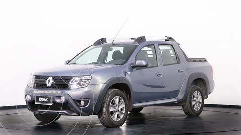 Renault Duster Oroch Outsider Plus 2.0 usado (2018) color Gris precio $2.280.000