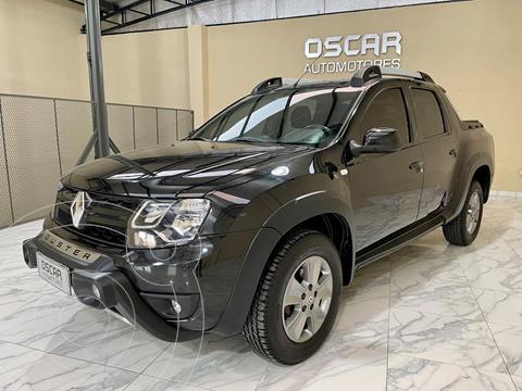 Renault Duster Oroch Outsider Plus 2.0 usado (2019) color Negro Nacre precio $2.950.000