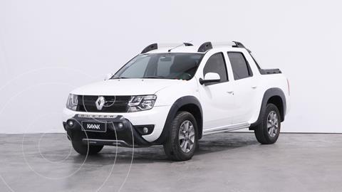Renault Duster Oroch Outsider Plus 2.0 usado (2016) color Blanco Glaciar precio $2.110.000