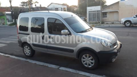 foto Renault Kangoo 2 Break 1.6 Authentique Plus 2P usado (2013) color Gris precio $880.000