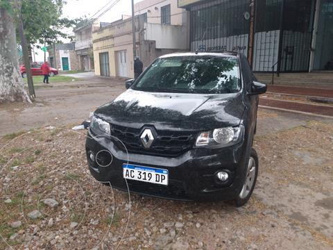 Renault Kwid Intens usado (2018) color Negro financiado en cuotas(anticipo $840.000)