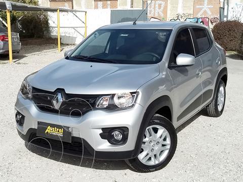 Renault Kwid Intens usado (2018) color Plata financiado en cuotas(anticipo $750.000)