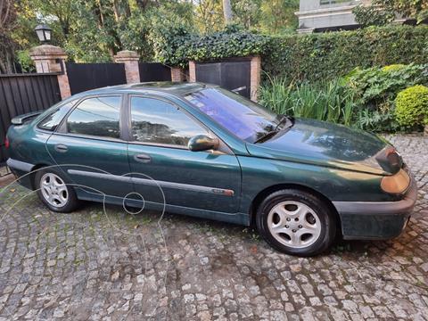 Renault Laguna RXT V6 usado (2000) color Verde precio $490.000