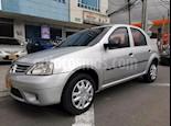 Foto venta Carro usado Renault Logan 1.6 Expression AA Mec 4P (2010) color Plata precio $17.900.000