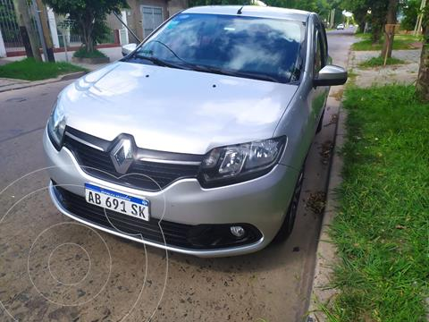 Renault Logan 1.6 Expresion usado (2017) color Plata precio $990.000