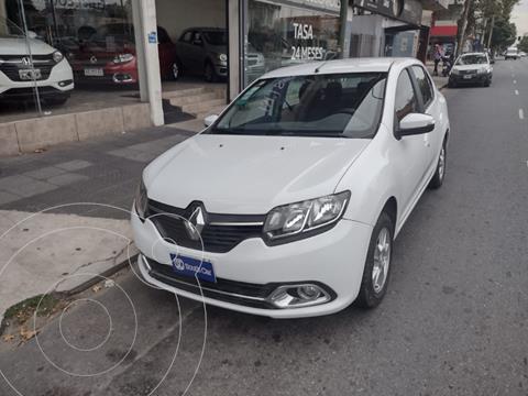 Renault Logan 1.6 Privilege usado (2015) color Blanco precio $965.000