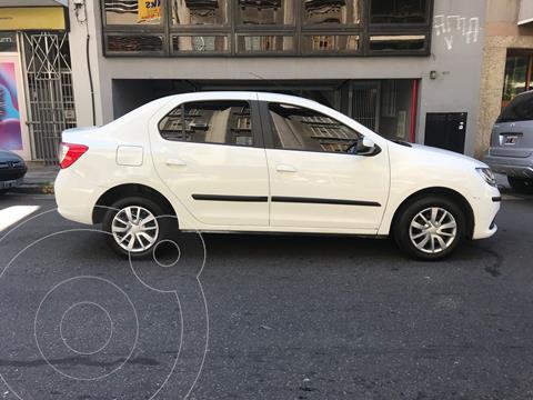 Renault Logan 1.6 Expression usado (2015) color Blanco Glaciar precio $1.050.000