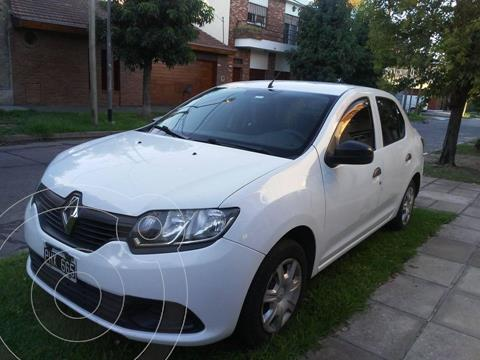 Renault Logan 1.6 Authentique Plus usado (2015) color Blanco Glaciar precio $750.000