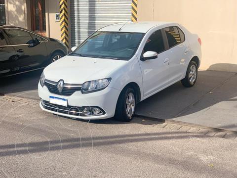 Renault Logan 1.6 Privilege usado (2016) color Blanco precio $890.000