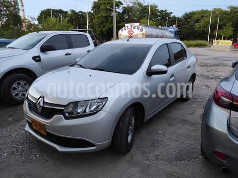 Renault Logan Expression usado (2017) color Plata precio $28.500.000