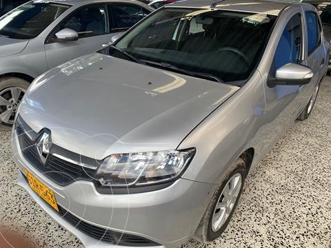 Renault Logan Life Plus usado (2020) color Plata precio $38.000.000