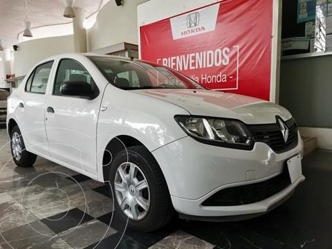 Renault Logan Authentique usado (2017) color Blanco Glaciar financiado en mensualidades(enganche $32,226 mensualidades desde $3,773)