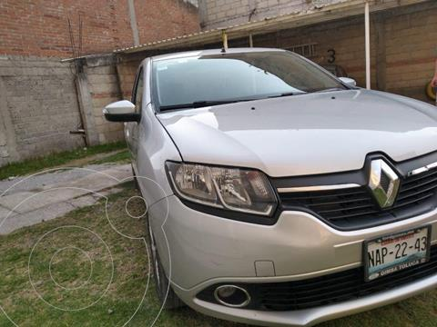 Renault Logan Dynamique Aut usado (2016) color Plata precio $115,000