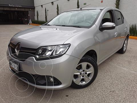 Renault Logan Dynamique usado (2015) color Plata precio $142,000
