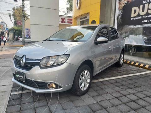 Renault Logan Dynamique usado (2017) color Plata precio $148,000