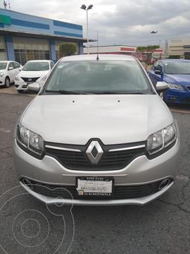 Renault Logan Intens usado (2019) color Plata Dorado precio $180,000