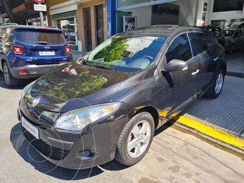 Renault Megane III 2.0 Luxe 6MT 6ABG ABS (143cv) Techo 5Ptas. usado (2012) color Negro precio $1.280.000