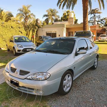 Renault Megane Coupe 1.6 usado (2000) color Gris precio $670.000