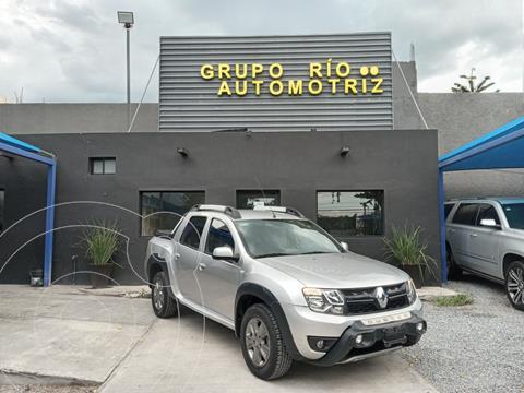 Renault Oroch Outsider usado (2019) color Plata Dorado precio $305,000