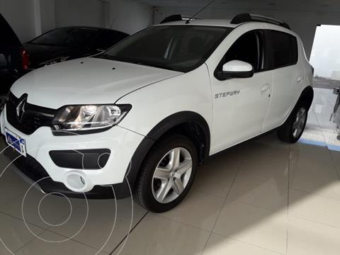 Renault Sandero Stepway 1.6 Expression usado (2018) color Blanco Glaciar financiado en cuotas(anticipo $790.000)