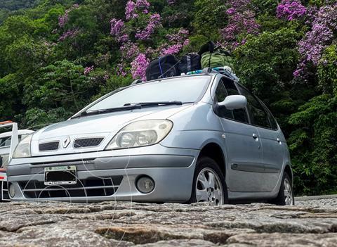 Renault Scenic 2.0 Privilege usado (2005) color Plata precio $450.000