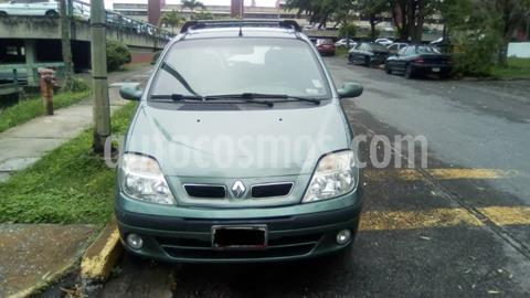 Renault Scenic 1.6L usado (2007) color Verde precio BoF2.000