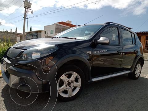 Renault Stepway Dynamique usado (2015) color Negro precio $90,000