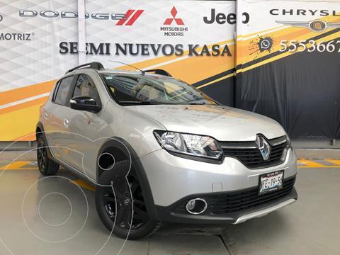 Renault Stepway Trek usado (2018) color Plata Dorado precio $170,000