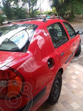 Renault Symbol 1.4 Expression usado (2005) color Rojo precio $11.000.000