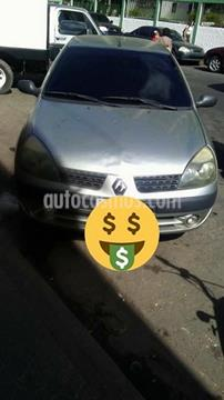 foto Renault Symbol 1.6L Aut usado (2005) color Plata precio u$s1.500