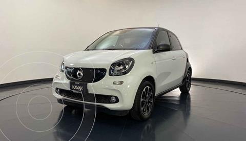 smart Forfour Passion usado (2017) color Blanco precio $254,999