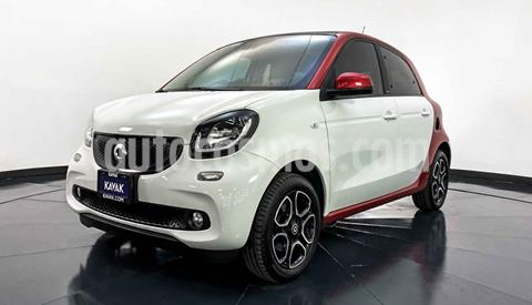 smart Forfour Prime turbo Aut. usado (2017) color Blanco precio $267,999