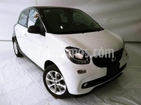 smart Forfour Passion Turbo Aut. usado (2018) color Blanco precio $235,000