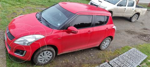 Suzuki Swift 1.2 GL AC  usado (2016) color Rojo precio $8.200.000