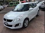 Foto venta Auto usado Suzuki Swift GLX color Blanco precio $169,000
