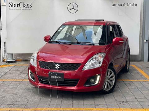 Suzuki Swift GLX Aut usado (2015) color Rojo precio $142,000