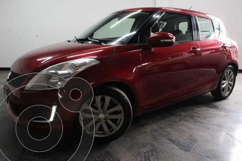 Suzuki Swift GLX Aut usado (2014) color Rojo precio $155,000