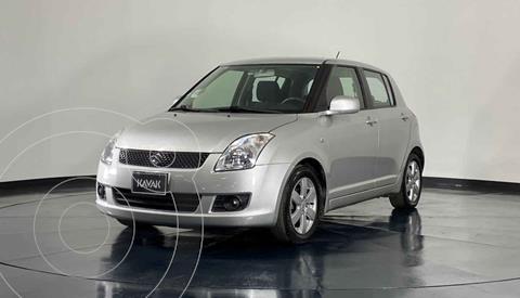 Suzuki Swift 1.5L usado (2010) color Plata precio $92,999