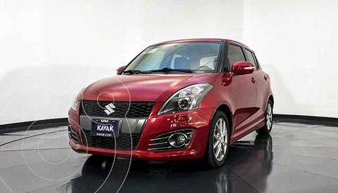 Suzuki Swift GLX usado (2014) color Rojo precio $197,999