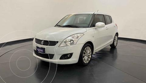 Suzuki Swift GLS Aut usado (2013) color Blanco precio $134,999