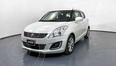 Suzuki Swift GLX Aut usado (2017) color Blanco precio $217,999